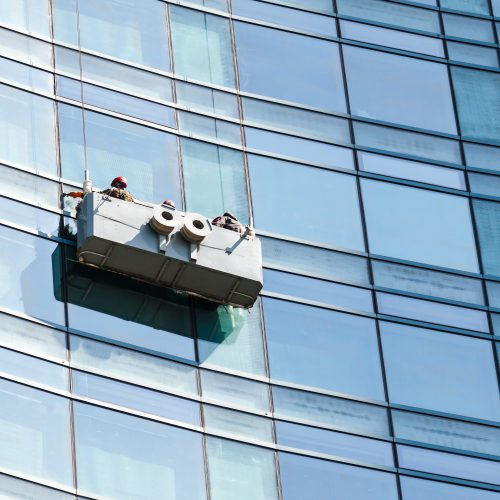 pulizia vetrate e facciate esterne